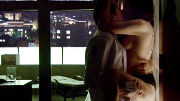 Mary-Louise Parker – Weeds Compilation