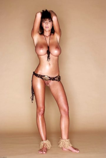 Mc Nudes Gabrielle Busty Star
