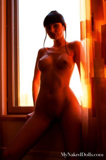 Mynakeddolls Natasha – Moscow City Girl