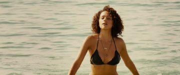 Nathalie Emmanuel Glorious Beach Plot-Furious 7
