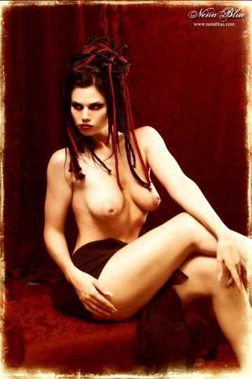 Nenablue Tereza Ilova – Inner Beauty Outside
