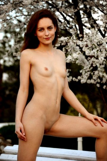 New Laran Shay Met Art – Ukraine Age 18 Eye Color Blue Hair Color Brown Height 5'6 Weight 110 Lbs Breasts Small Size 34 24 35 Shaved Shaved Ethnicity Caucasian