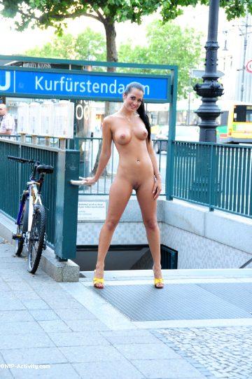 Nip-activity – Nicole Vice – Series 2 – Berlin