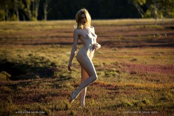 Nude-muse Scarlet – Afternoon Glow