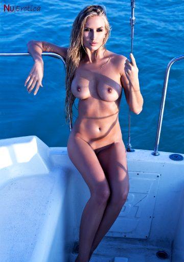 Nuerotica Evelin Aubert – Evelin On The Boat
