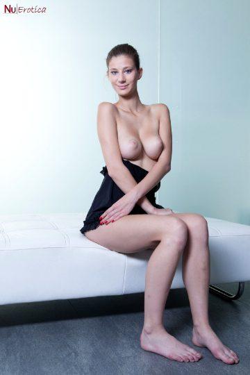 Nuerotica Mimi – Sexy Young Mimi