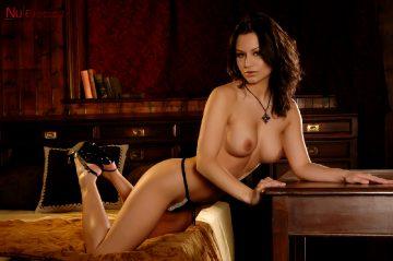 Nuerotica Sasha Sexy In Black