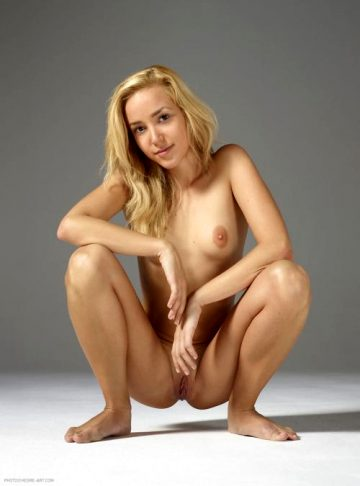 Pamelas Nude Erotic Pictures At Hegre