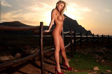 Photodromm Brigitta – Scandal At Sunset