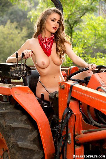 Playboyplus Amberleigh West In Hot Harvest