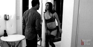 Porn GIF Magazine – Italiansd0itbetter