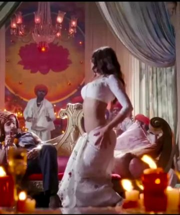 Priyanka Chopra With Some Nice Belly Dance Moves