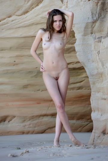 Rumba Eroticbeauty New – Age 23 Eye Color Brown Hair Color Brown Height 5'6 Weight 117 Lbs Breasts Medium Size 34 24 34 Shaved Shaved Ethnicity Caucasian