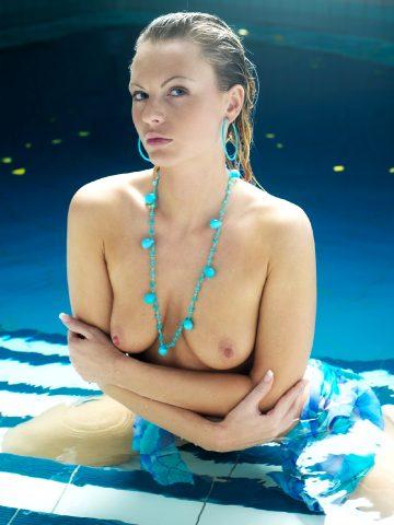 Sandra Sanchez Water Games