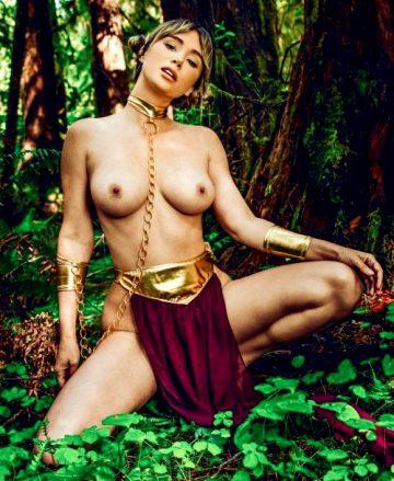 Sara Underwood As Slave Princess Leia