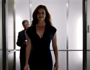 Sarah Rafferty As Donna Paulsen