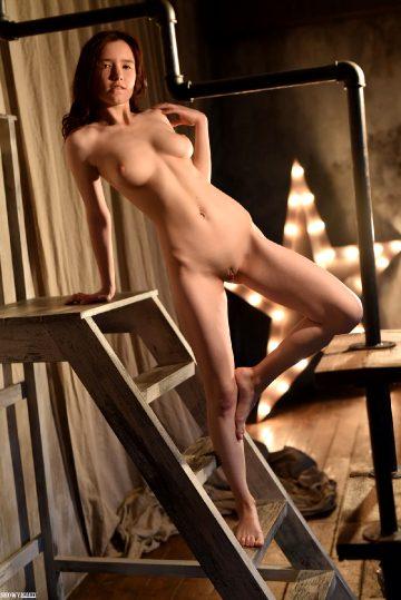 Showy Beauty Showybeauty Jennifer Nude Star
