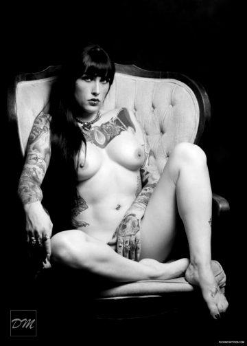Sitting Around…Neska Ona