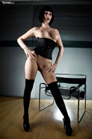 Sofia Valentine In Corset And High Heels