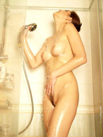 Stani Shower