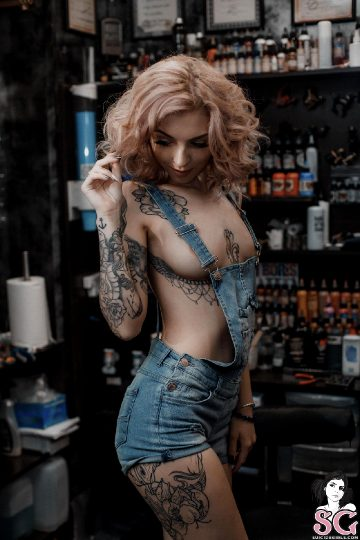 Suicidegirls Elisarose New Tattoo