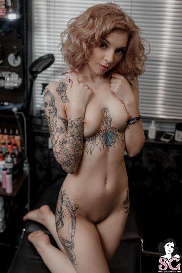 Suicidegirls Elisarose New Tattoo
