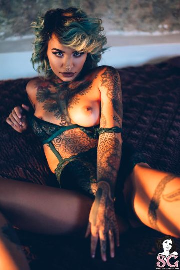 Suicidegirls Fishball – Marigold