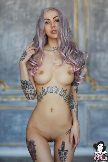 Suicidegirls Luuly – Young And Pretty