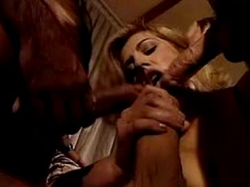 Sweet Blowjob – Click Here For More Double Barrel Blowjobs