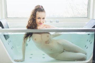 Theemilybloom Emily Bloom Glass Tube