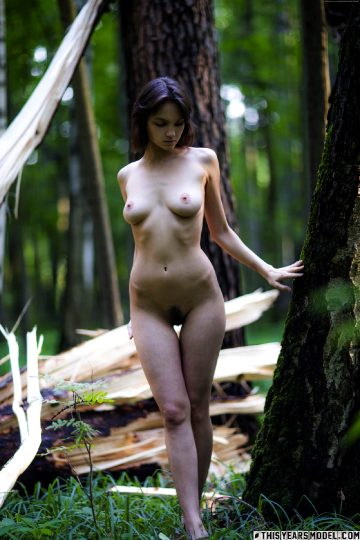 Thisyearsmodel – Caitlin Mcswain Exhibit Caitlin