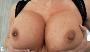 Tits from Gif It To Me Now