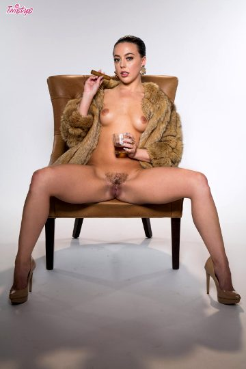 Twistys – Whitney Wright Have A Cigar