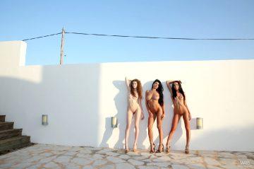 Watch4beauty Lucy Li – Three Are Better