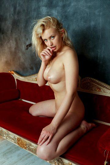 Watch4beauty Mandy Tee Passionate Blonde