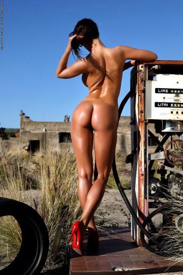 Whenallbeautyfades Savannah Gasoline