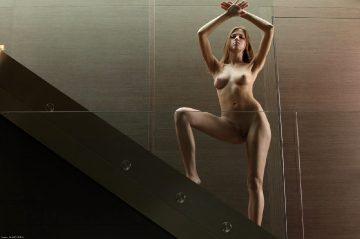 X Art Eufrat House Of Glass